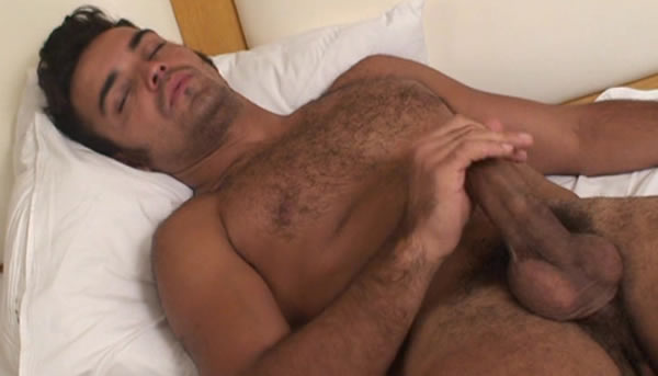 Straight Guys Jerking Off!